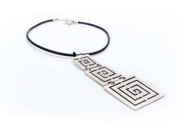 Посребрен медальон КН-0301002007