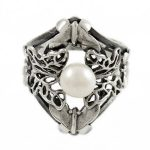 Сребърен пръстен пеперуди с перла cR048