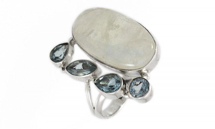 Сребърен пръстен Лабрадорит и син Топаз ipRS25-1
