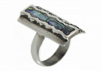 Сребърен пръстен с цветен седеф R48