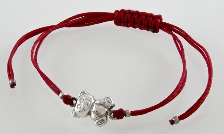 Червено конче със сребърно мече GR37