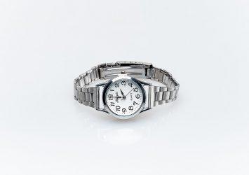 Дамски часовник КН1001000461