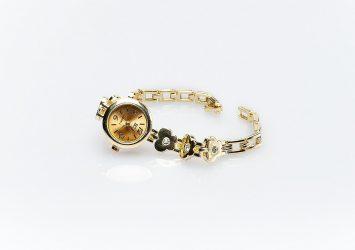 Дамски часовник КН-1001000456